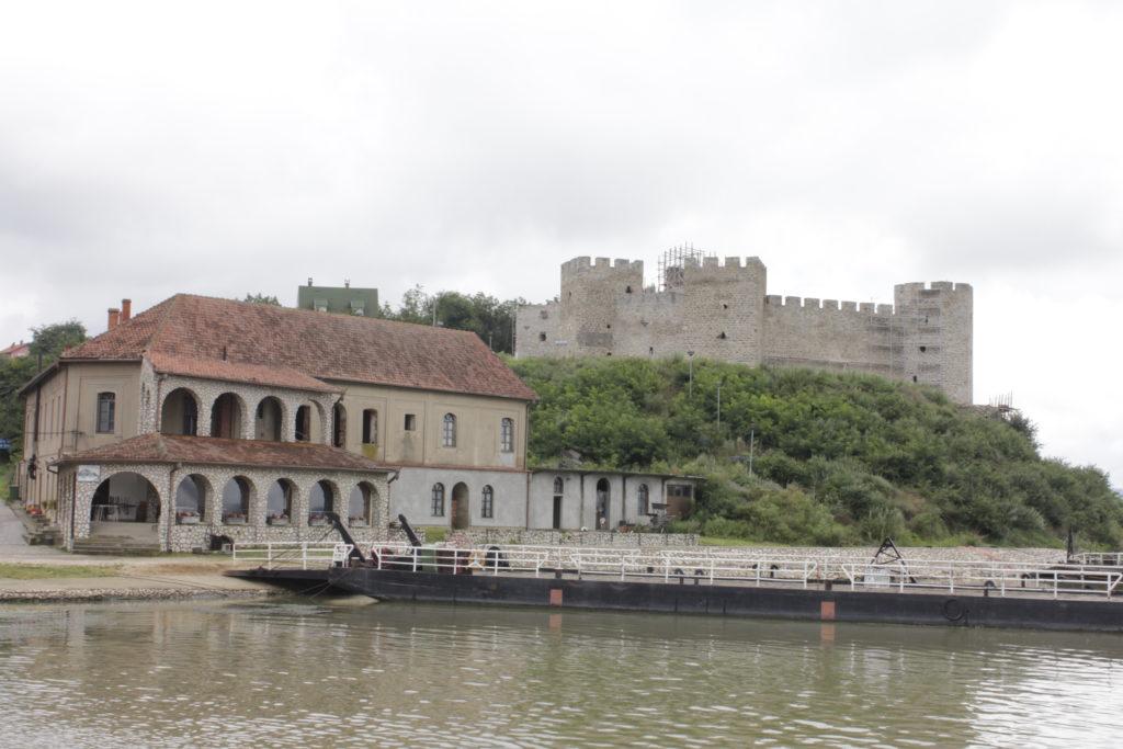 Ram - stará pevnost nad Dunajem a resturace