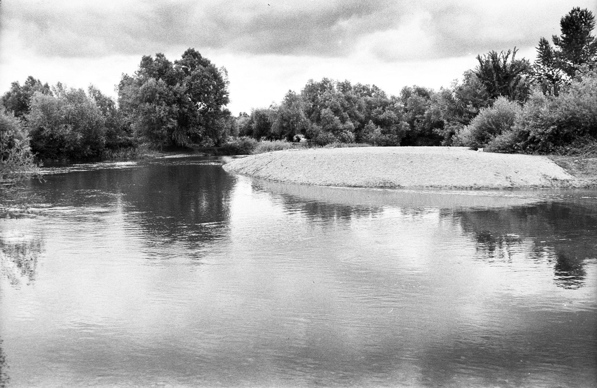 Řeka Nera u Bele Crkve- velmi čistá a chladivá říčka