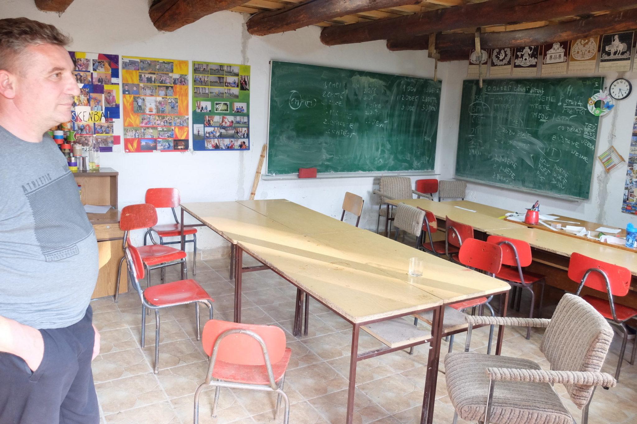 Školní třída v Etno kuči