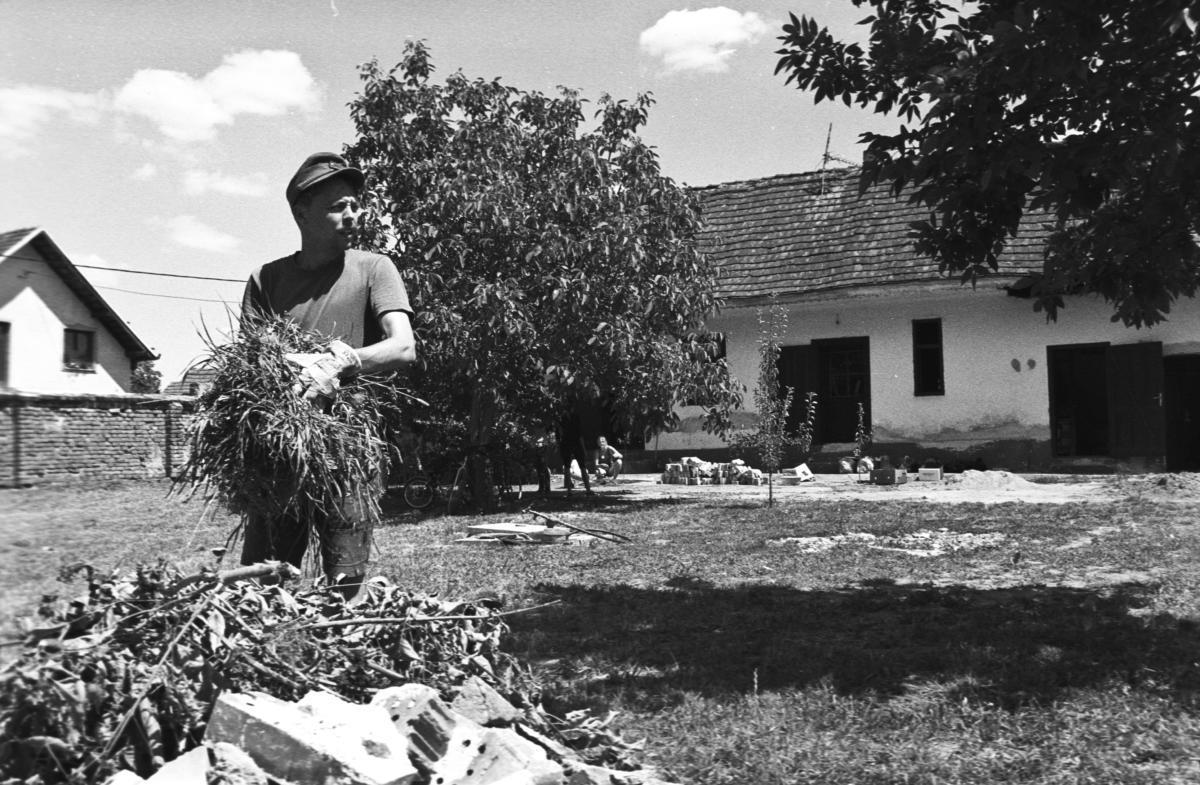 """Etno Kuča """"U hrušky"""" - budování muzea"""
